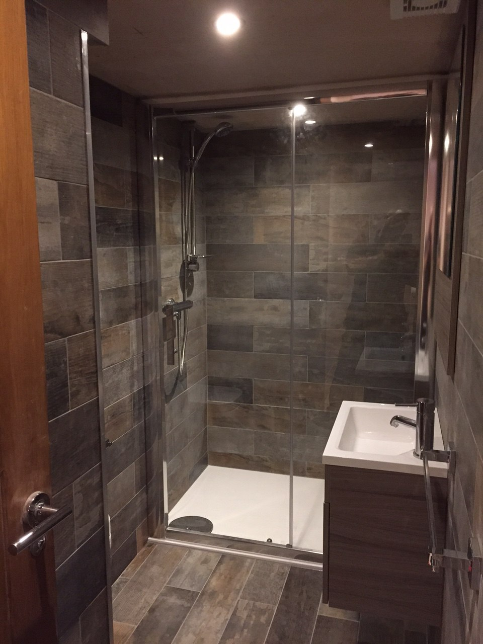 Basement Conversion In Rawdon To Living Space Amp Luxury Shower